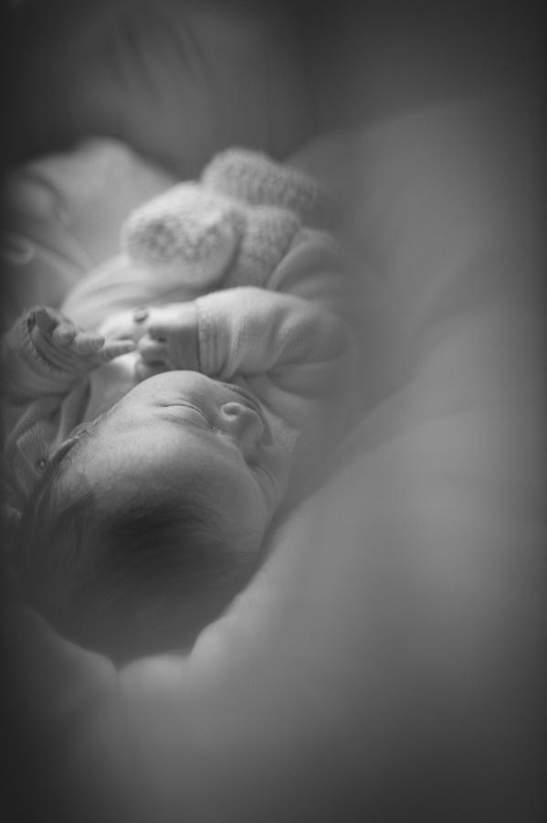 Baby, Newborn, Fotograf, Hamburg, Kathrin Stahl, Reportage, schwarz-weiß