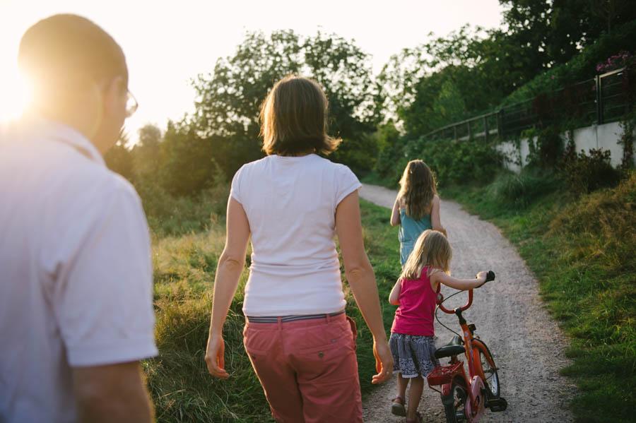 familie-kind-fotograf-im-freien-hamburg-kathrin-stahl36