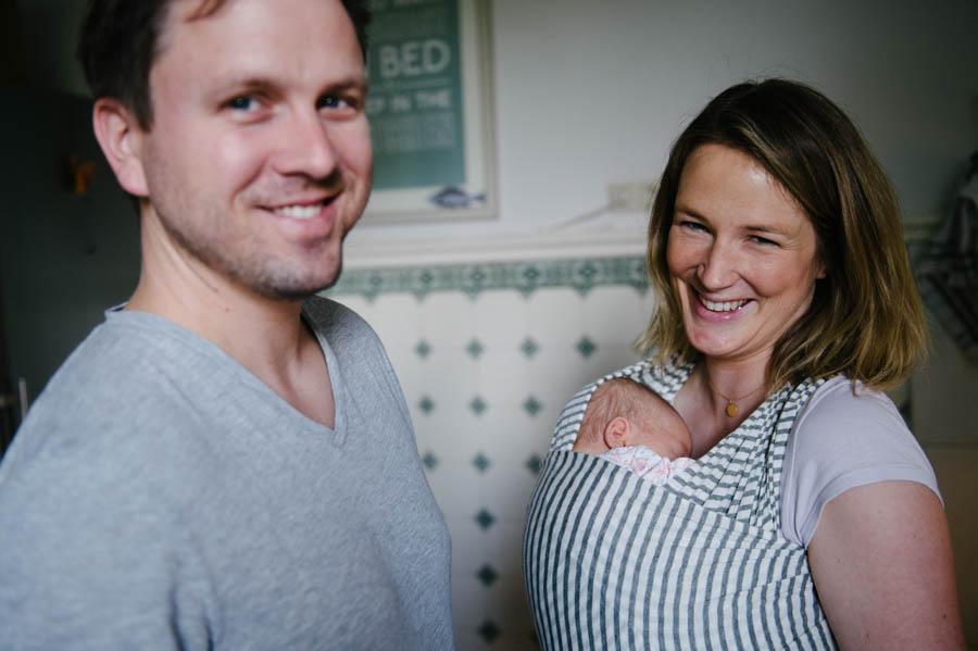 newborn-zuhause-fotograf-reportage-hamburg27