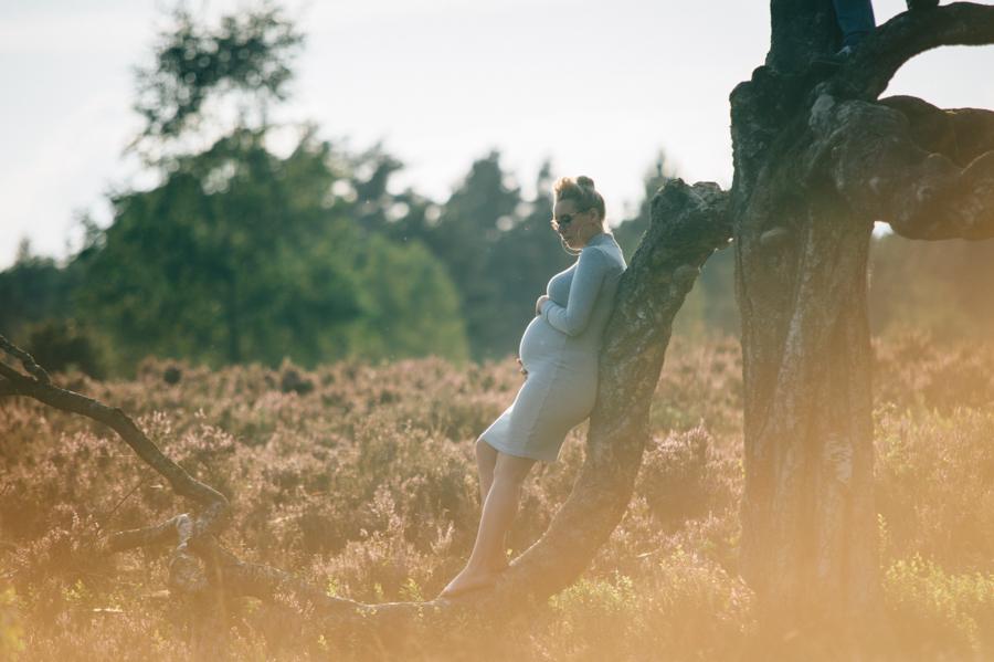 Babybauchfotos, natürlich, im Freien, Kathrin Stahl
