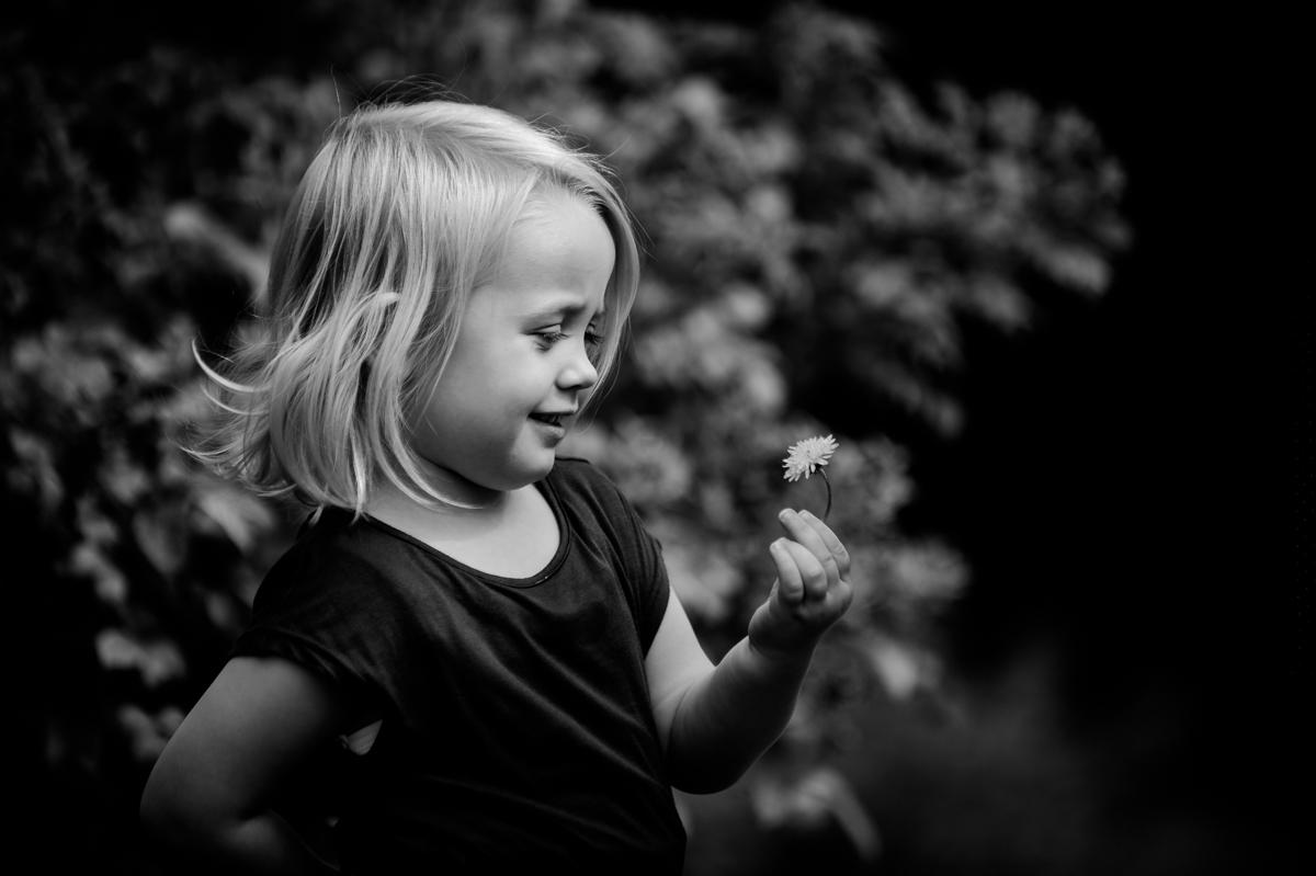 girl, flower, blackandwhite, KathrinStahl